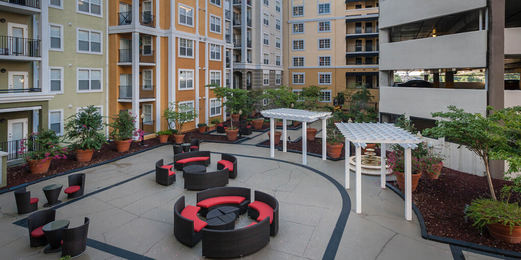 City View - Courtyard